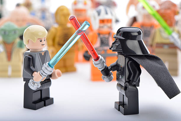 lego darth vader vs luke skywalker sword fight - darth vader 個照片及圖片檔