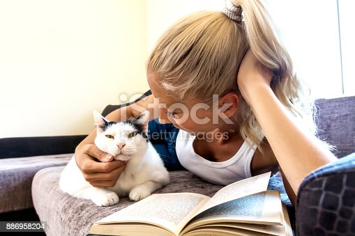 istock Leisure time with a cat 886958204