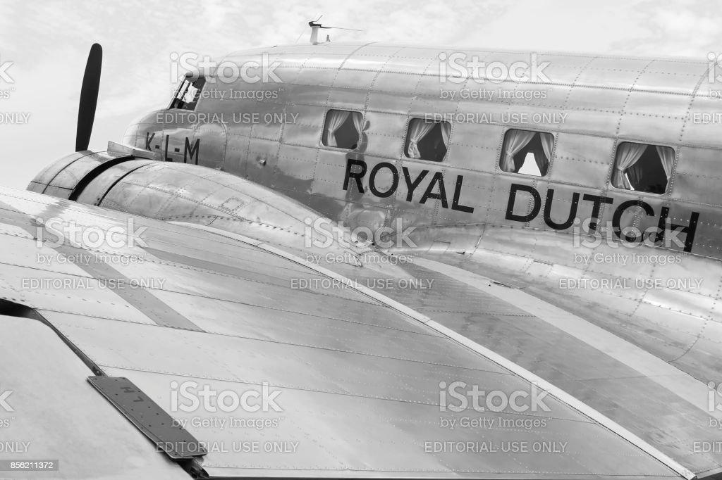 Lelystad, Nederland aug 30 2009: Vintage vliegtuigen Douglas DC-2 'Uiver
