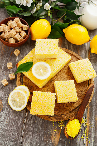 lemon pie with coconut - kokoskuchen stock-fotos und bilder