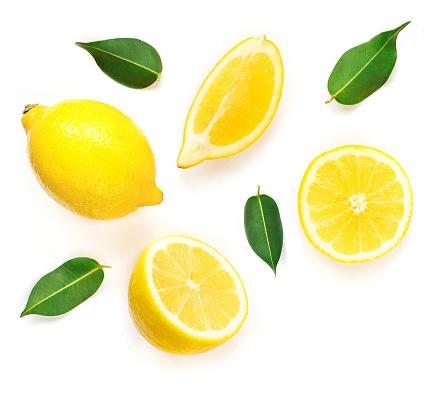 Lemon Slices With Leaf Isolated On White Background Tropical Abstract Creative Summer Background Flat Lay Top View - zdjęcia stockowe i więcej obrazów Abstrakcja