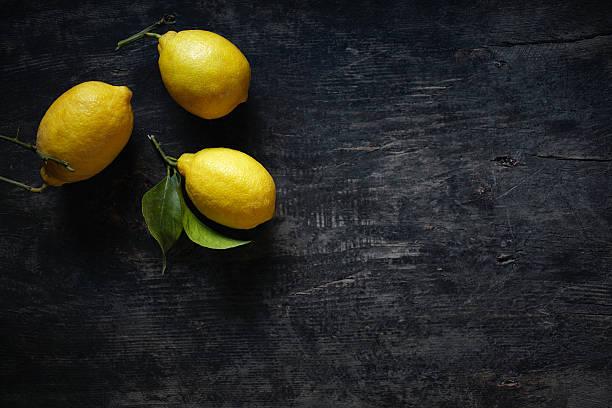 lemons  - zitronenspeise stock-fotos und bilder