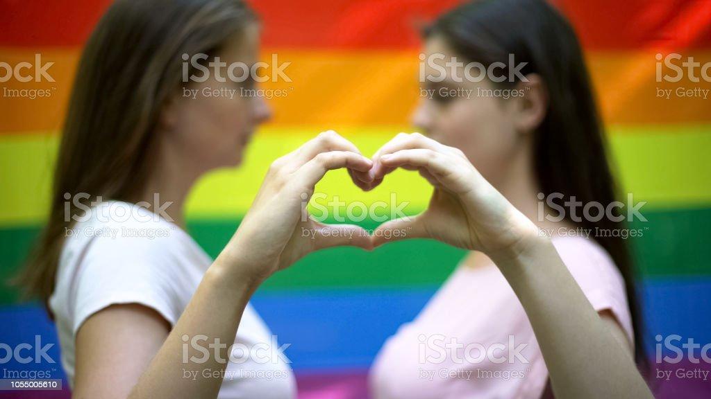 Lesbios fuckin organ tube