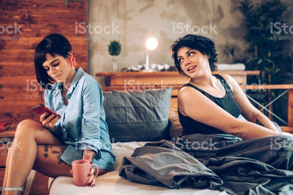 Pareja De Lesbianas Con Dificultades Foto De Stock Libre De Derechos