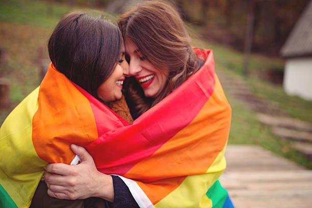Free pic of lesbian having sex