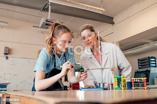 istock STEM Lesson In School 901990930