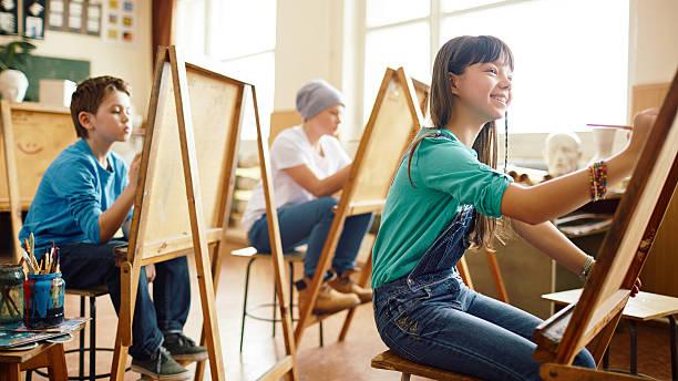 lección de arte - clase de arte fotografías e imágenes de stock
