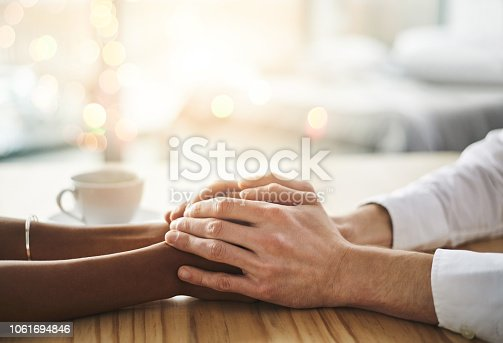 910835792istockphoto Let me know how I can assist 1061694846