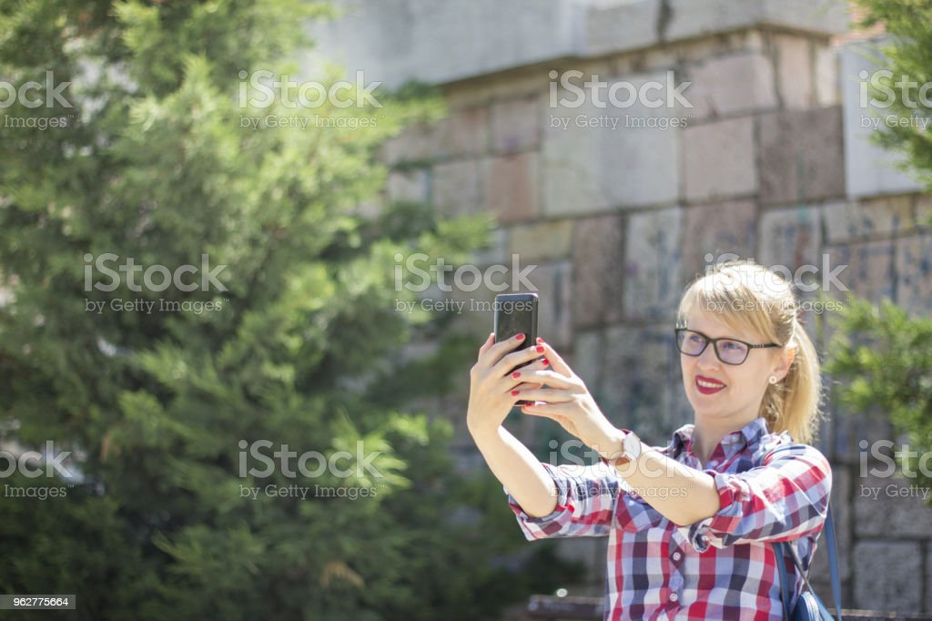 Let's Check Up My Today's Style - Foto stock royalty-free di Adulto