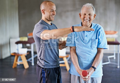 istock Let's get those weights up to here 518016967