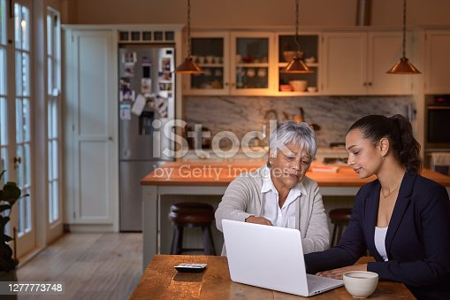 istock Let's get your finance in order 1277773748