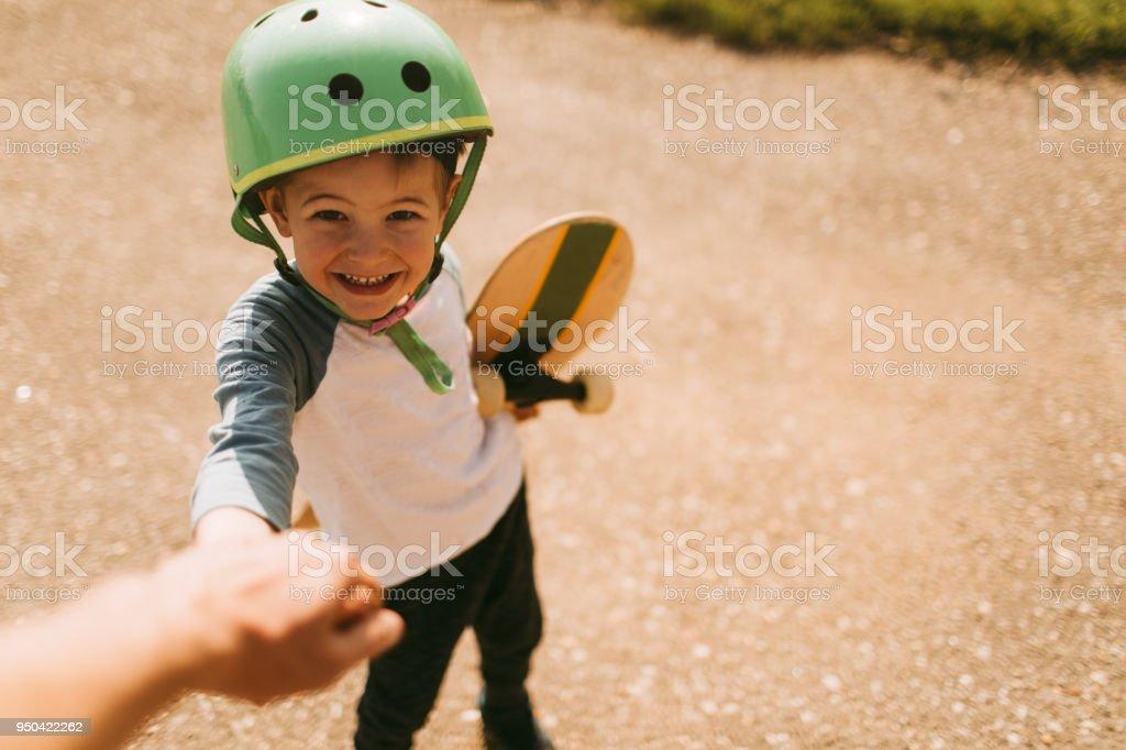 Vamos andar de skate! - foto de acervo