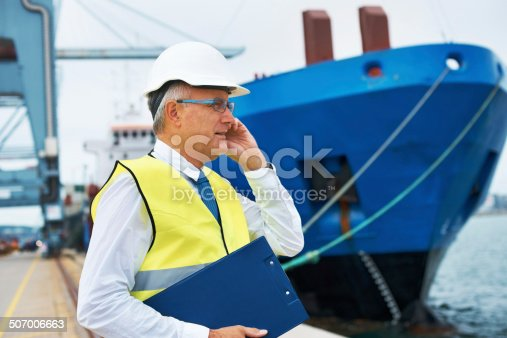 istock Let's secure that cargo for the departure... 507006663