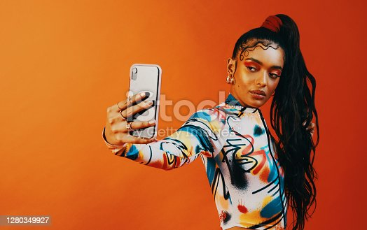 istock Let's start a baby hair challenge! 1280349927