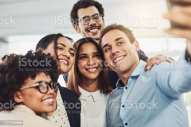 Lets take a selfie of the best team ever picture id1127754909?b=1&k=6&m=1127754909&s=612x612&h=tazcziqzrezw3uh3u jvitqrxudpqeusfrscartxyyc=