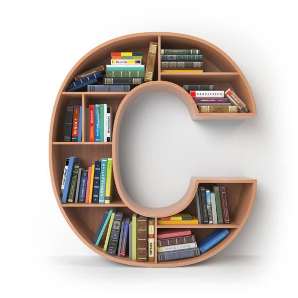 letra c na forma de prateleiras com livros isolados no branco. - c - fotografias e filmes do acervo