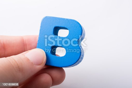 istock Letter cube B of made of wood 1001606608