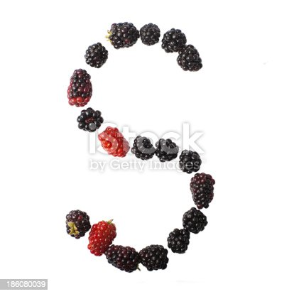 683035640 istock photo Letter S made up of blackberries 186080039