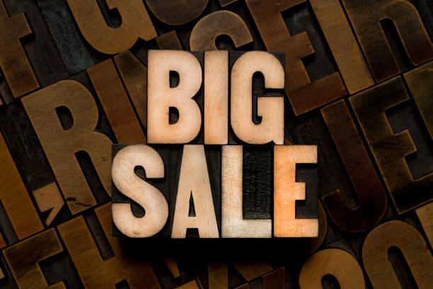 typ der buchdruck - big sale - gebrauchte bücher verkaufen stock-fotos und bilder