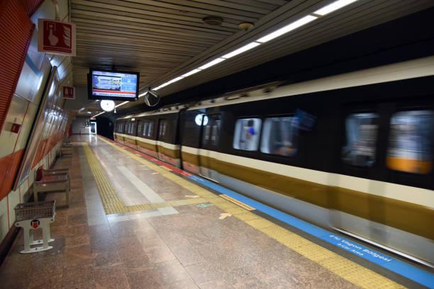 4. levent (istanbul metro) - wiedenmeier istanbul stock-fotos und bilder