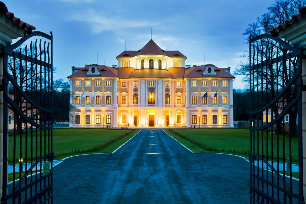 liblice chateau hotel - castelo - fotografias e filmes do acervo