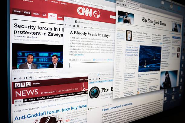 libyen krise magazine online - new york times stock-fotos und bilder