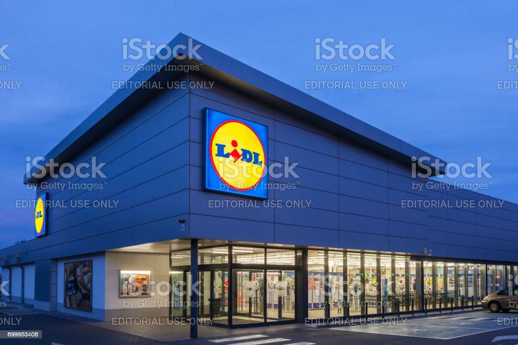 Lidl-Supermarkt-Gebäude Lizenzfreies stock-foto