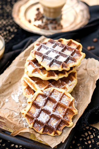 liege waffles with pearl sugar - zimt waffeln stock-fotos und bilder