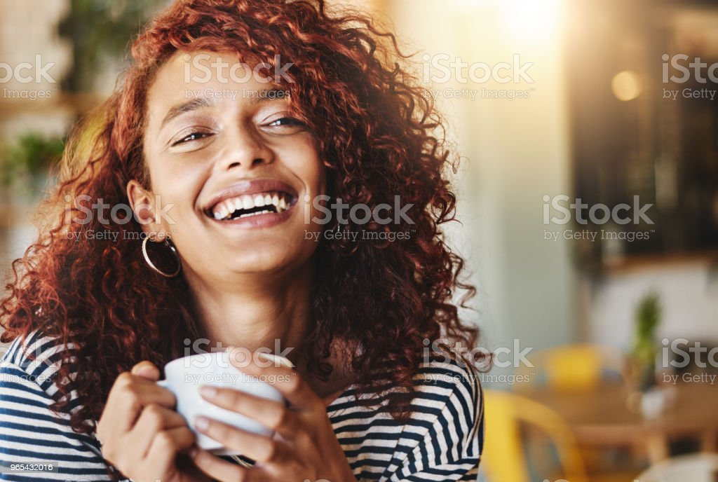 Das Leben beginnt nach Kaffee - Lizenzfrei Attraktive Frau Stock-Foto