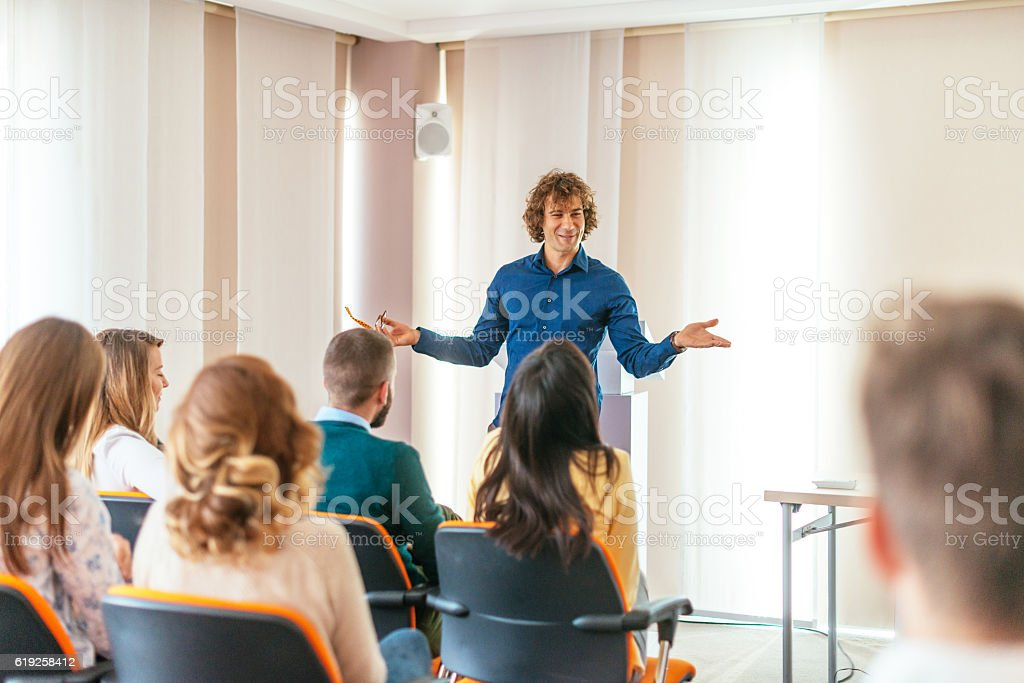 Life coaching session with group of young participants – Foto