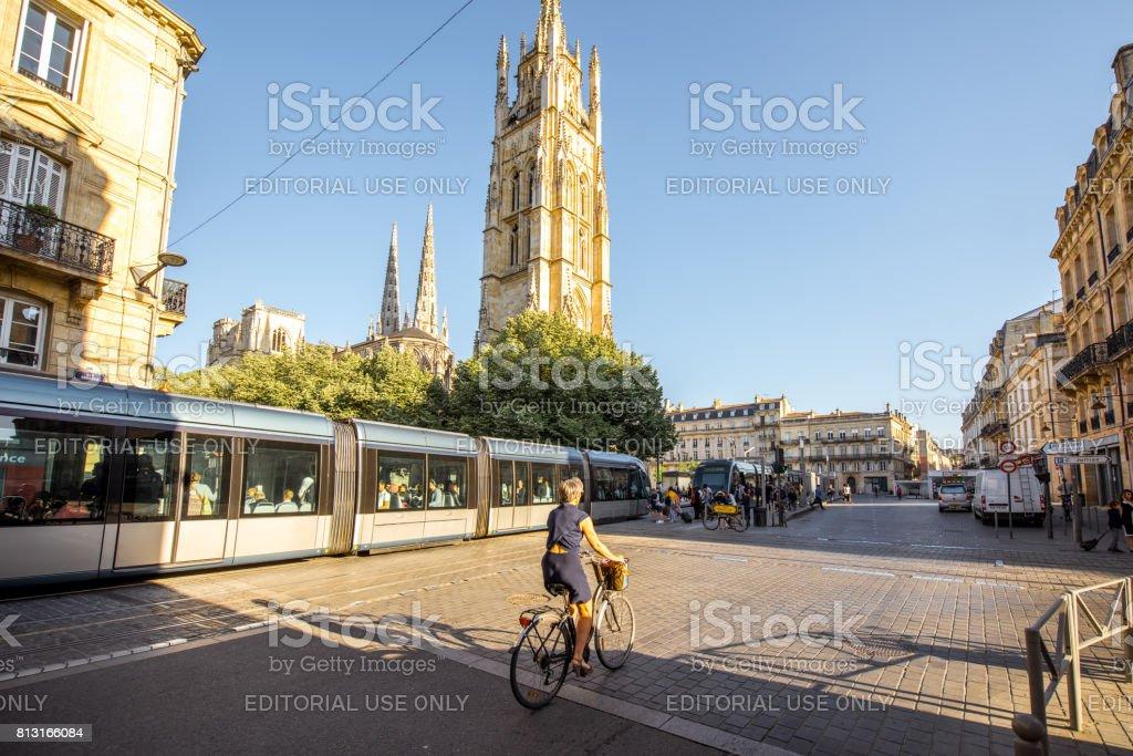 Vida en la ciudad de Bordeaux foto de stock libre de derechos