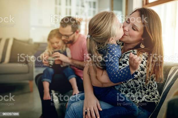 Das Leben Ist Zu Kurz Nicht Um Es Mit Der Familie Verbringen Stockfoto und mehr Bilder von Beide Elternteile