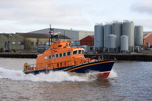 lifeboat - livbåt bildbanksfoton och bilder