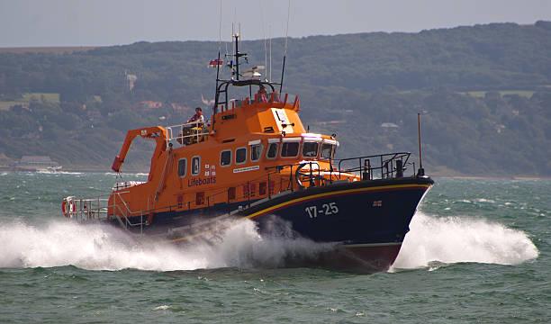 lifeboat to the rescue - livbåt bildbanksfoton och bilder