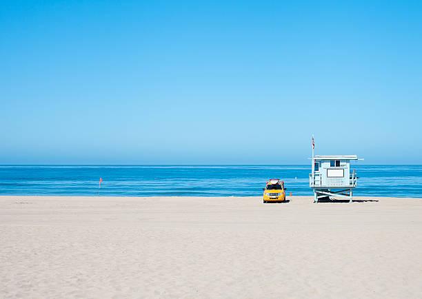 lifeguard hut - badvaktshytt bildbanksfoton och bilder