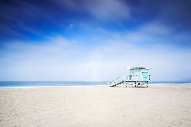 lifeguard tower - badvaktshytt bildbanksfoton och bilder
