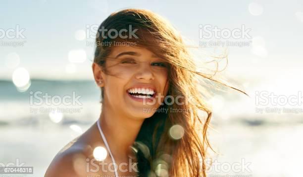 Lifes at ease with an ocean breeze picture id670446318?b=1&k=6&m=670446318&s=612x612&h=hdbi56jqxne8f3ljgxf9alxp1o2vcc7ujnhnyxxtxwe=