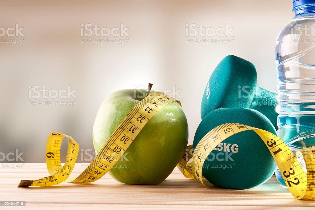 Salute Dieta E Stile Di Vita E Sport Palestra Sfondo Di Vista Frontale Fotografie Stock E Altre Immagini Di Acqua Istock