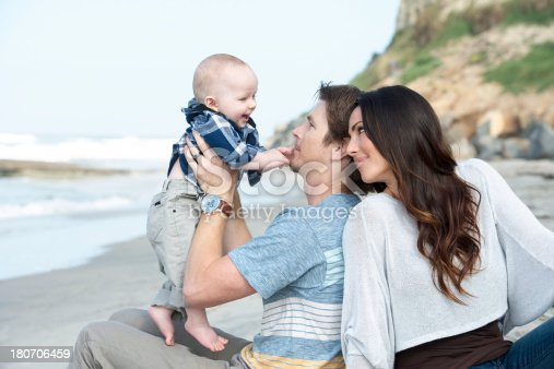 505122600 istock photo Lifestyles: Family Fun at the Beach 180706459