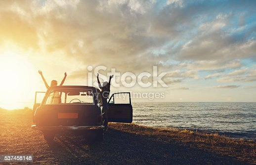 istock Lifting the sun 537458148