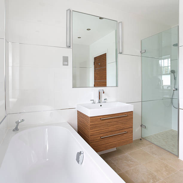Marble Bathrooms Photos: Best Contemporary White Marble Bathrooms With Expensive