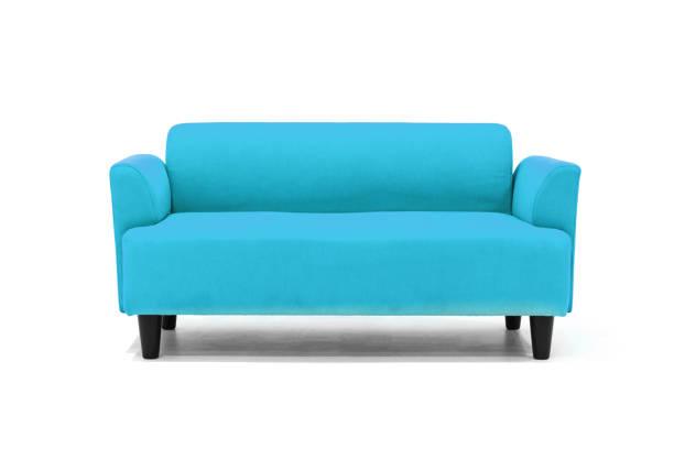 leichte blaue skandinavischen stil moderne sofa auf weißem hintergrund mit modernen und minimal möbeldesign für stilvolle wohnzimmer. - sessel türkis stock-fotos und bilder