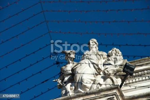 Light Borders and Roman Statues on the sky