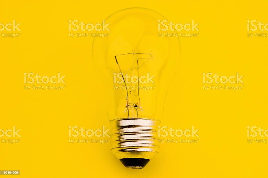 Glühbirne auf Gelb Lizenzfreies stock-foto