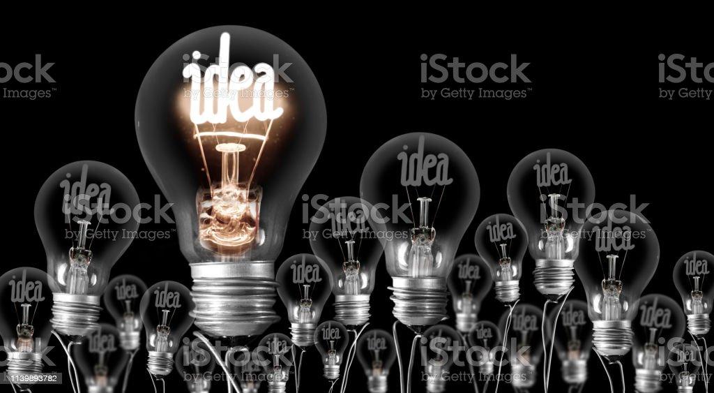 Konzept für leichte Glühbirnen - Lizenzfrei Der Weg nach vorne Stock-Foto