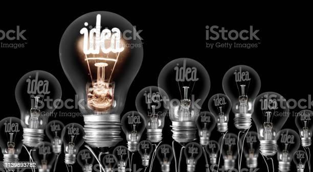 Konzept Für Leichte Glühbirnen Stockfoto und mehr Bilder von Der Weg nach vorne