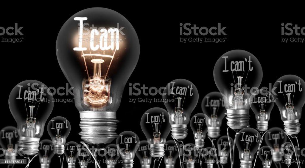 Konzept für leichte Glühbirnen - Lizenzfrei Betrachtung Stock-Foto