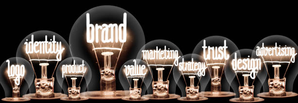 Glühbirnen mit Markenkonzept – Foto