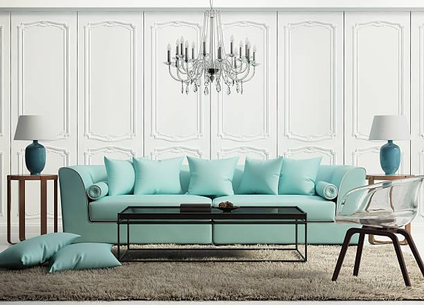 leichte grüne elegante barock wohnzimmer - alten kronleuchter stock-fotos und bilder