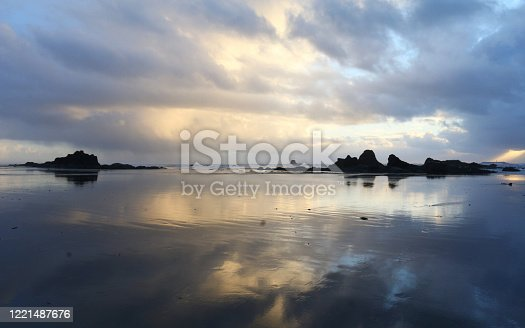One of many beautiful beaches on the coastline of Olympic National Park, Ruby Beach is a wonderful spot to catch the evening light and see a lovely sunset!